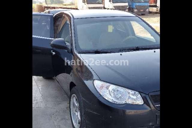 Elantra HD Hyundai أسود