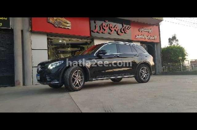 GLC 250 Mercedes أسود