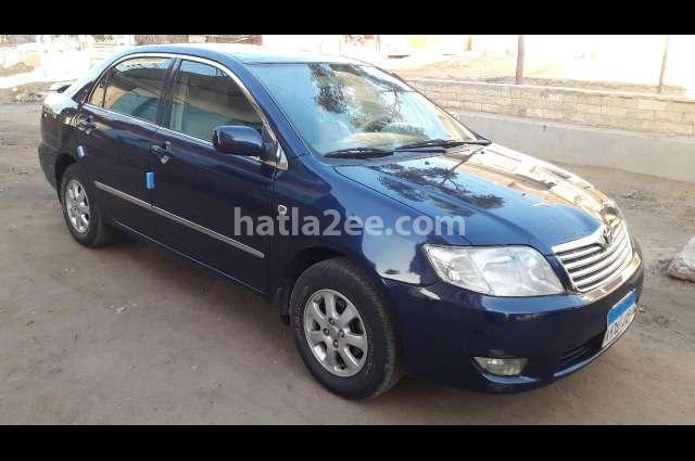 Corolla Toyota الأزرق الداكن