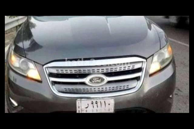Taurus Ford رمادي