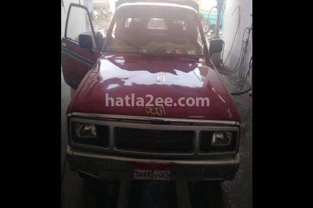 Pickup Chevrolet احمر