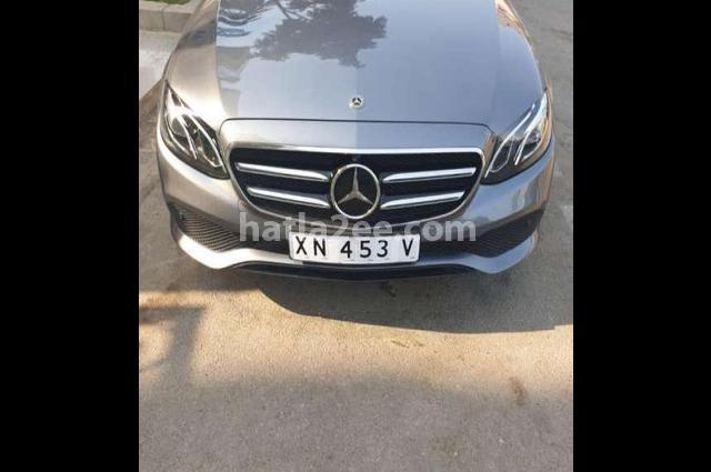 E 350 Mercedes Gray