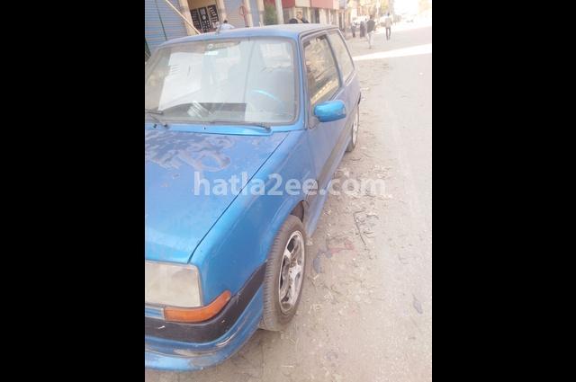 5 Renault أزرق