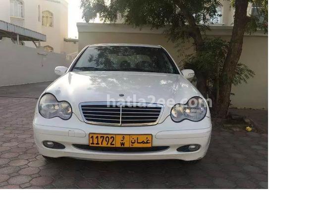 180 Mercedes أبيض