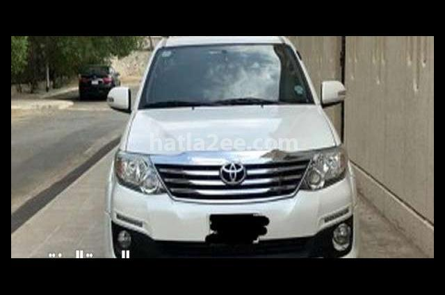 Fortuner Toyota 2015 Mecca White 2782071 - Car for sale