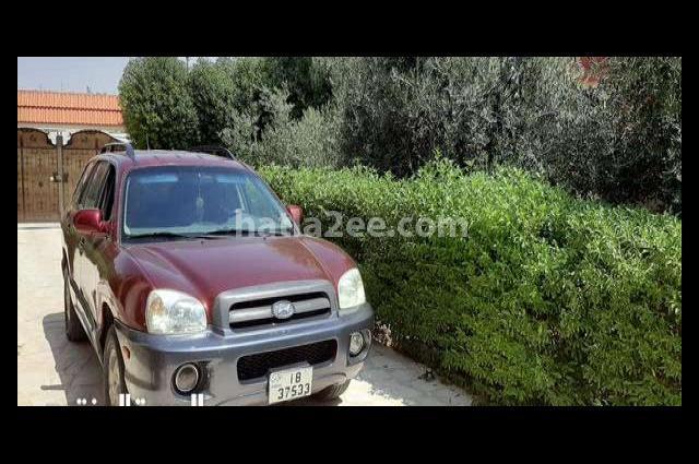 Santa Fe Hyundai احمر غامق