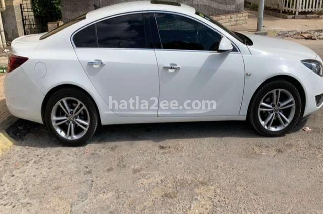 Insignia Opel White