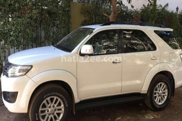 Fortuner Toyota 2015 Giza White 2783244 - Car for sale