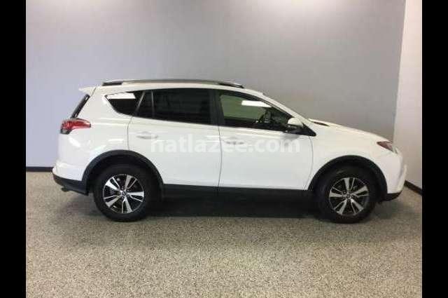 Rav 4 Toyota Salalah White 2784136 - Car for sale : Hatla2ee