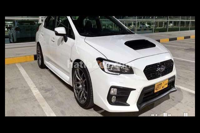 WRX Subaru أبيض