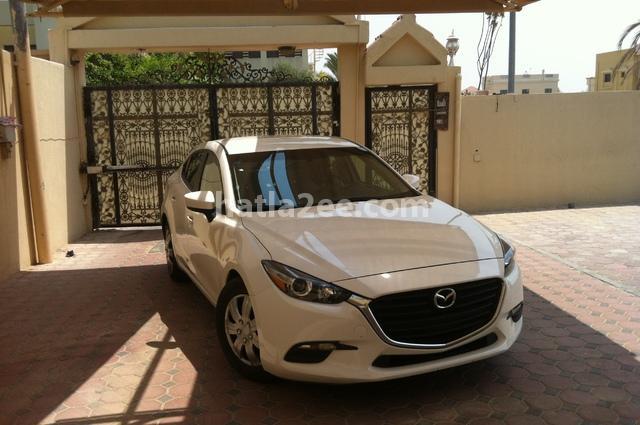 Mazda 3 Mazda أبيض
