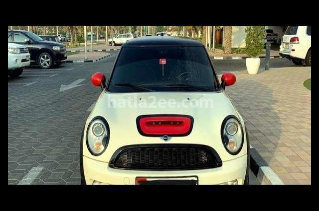 Cooper Mini أبيض