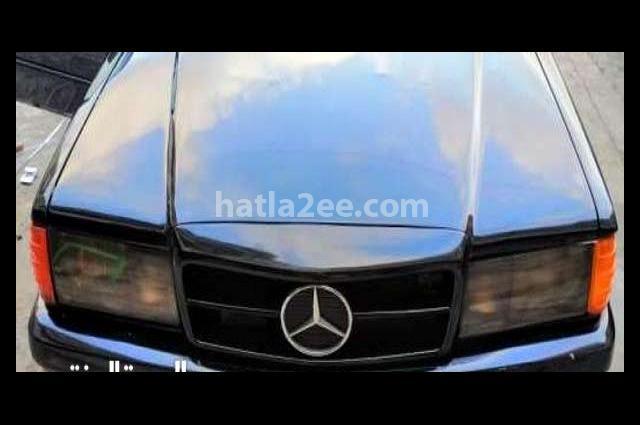 E 180 Mercedes أسود