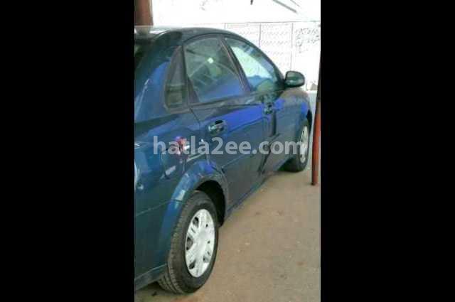 Optra Chevrolet الأزرق الداكن