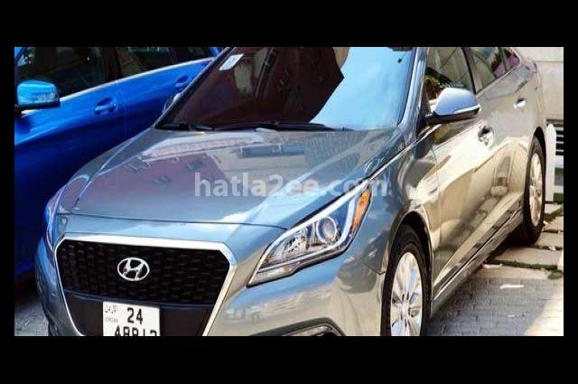 Sonata Hyundai رمادي
