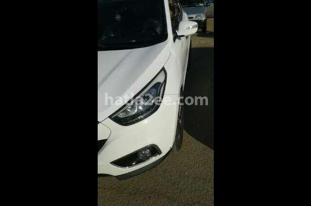 IX 35 Hyundai أبيض