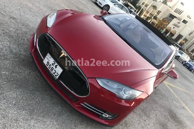 Model S Tesla Dark red