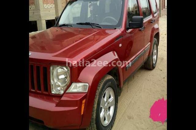 Grand Cherokee Jeep احمر