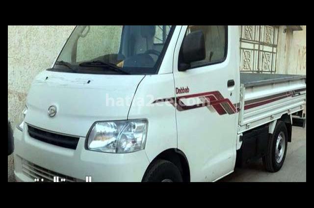 Gran max Daihatsu أبيض