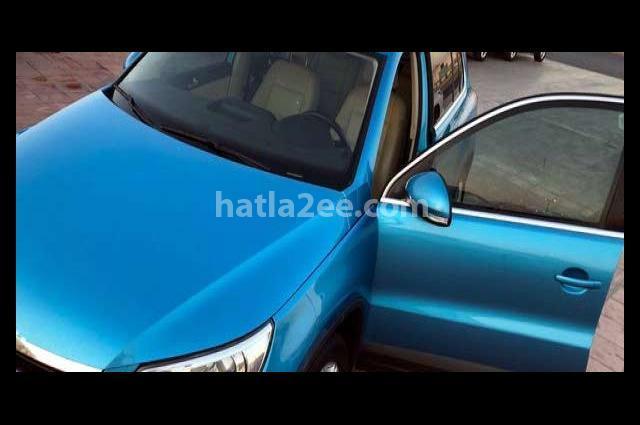 Tiguan Volkswagen أزرق