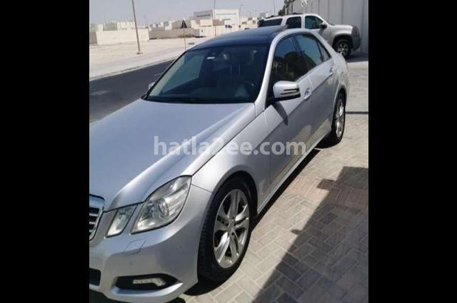 300 Mercedes رمادي