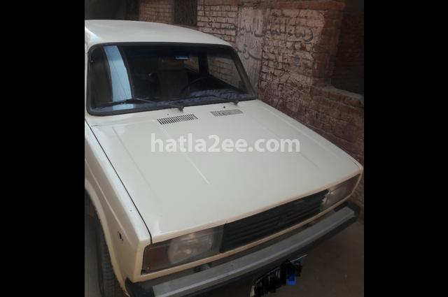 2105 Lada White