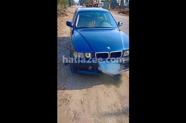 740 BMW أزرق