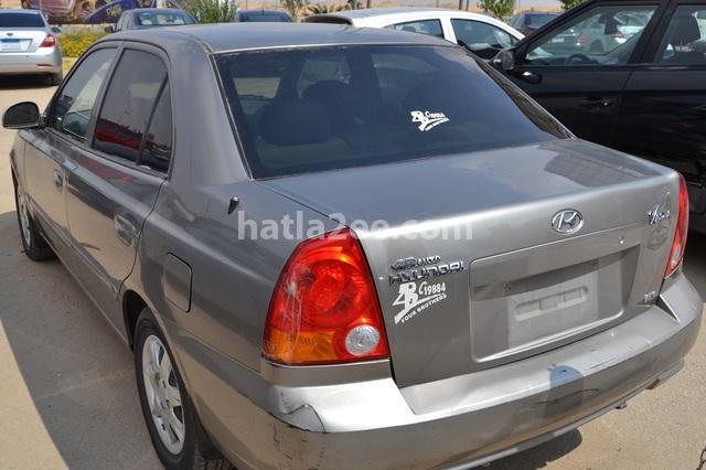 Verna Hyundai برونزي