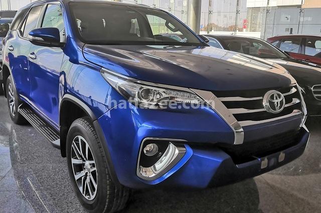 Fortuner Toyota أزرق