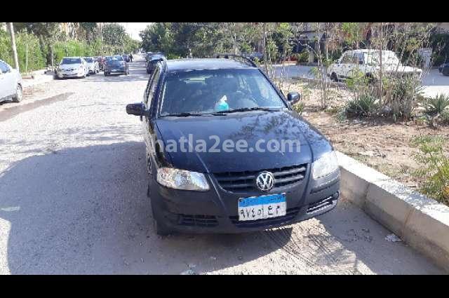 Parati Volkswagen أسود