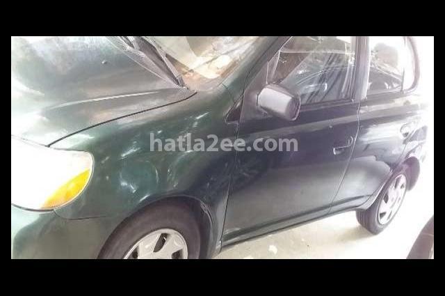 Echo Toyota أخضر