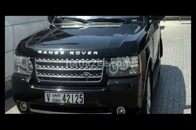 Vogue Land Rover أسود