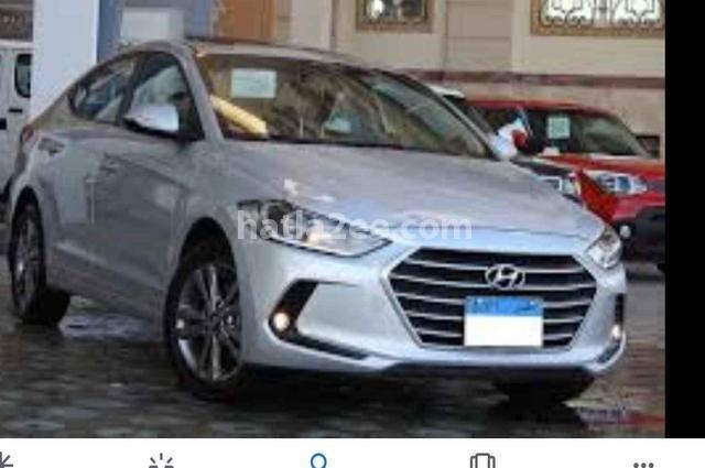 Elantra AD Hyundai فضي