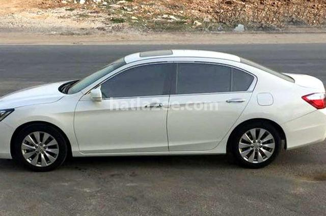 Accord Honda White