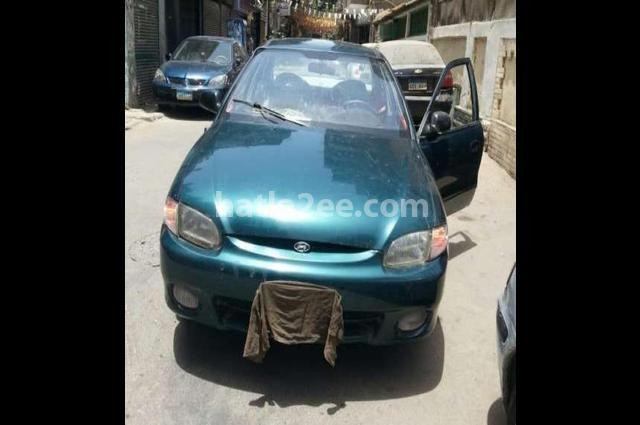 Accent Hyundai أخضر