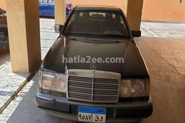 E 300 Mercedes Black