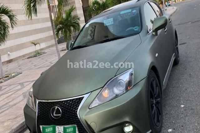 Is Lexus Dark green