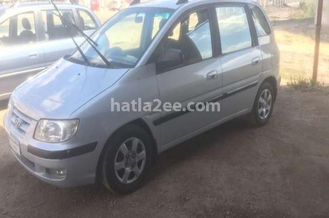 Matrix Hyundai Silver