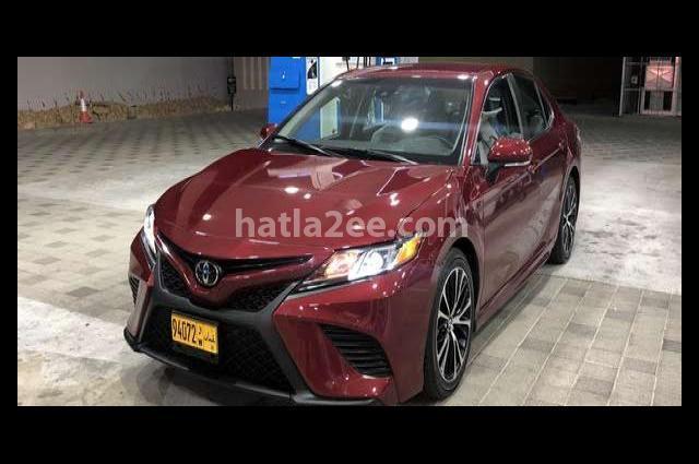 Camry Toyota احمر غامق