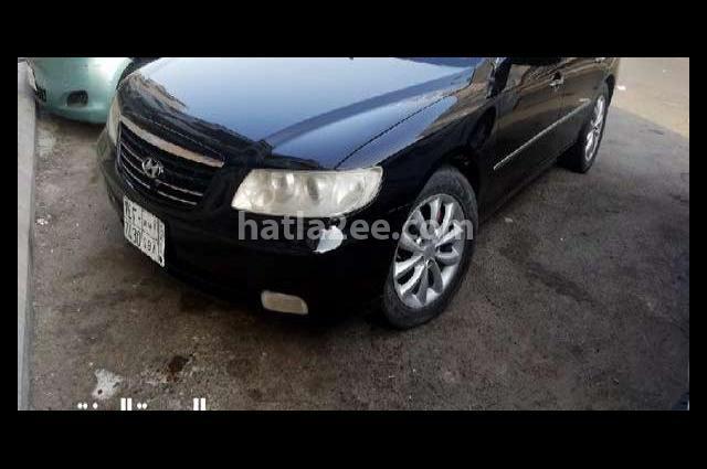 Azera Hyundai أسود
