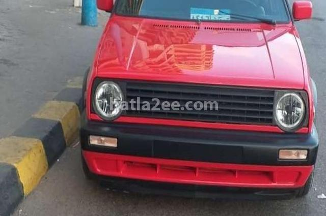 Golf Volkswagen احمر