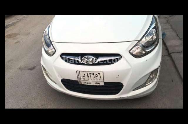 Accent Hyundai White