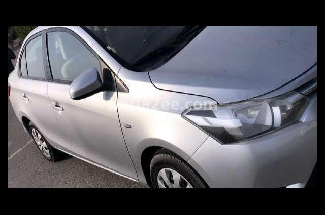 Yaris Toyota Silver