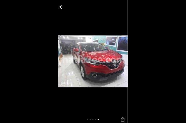 Kadjar Renault احمر