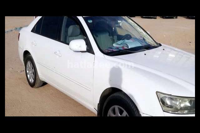 Sonata Hyundai أبيض