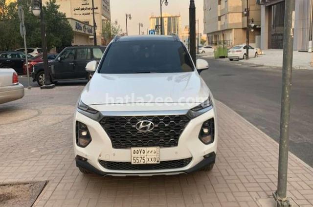 Santa Fe Hyundai أبيض