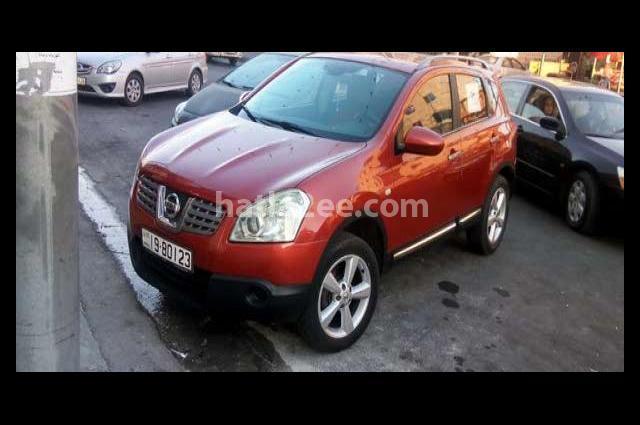 Qashqai Nissan Dark red