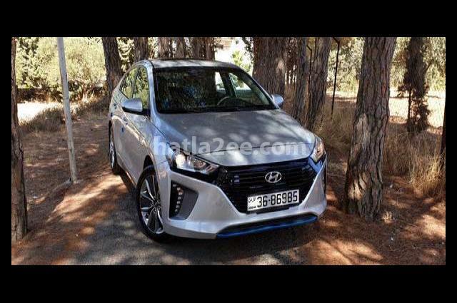 Ioniq Hyundai Silver