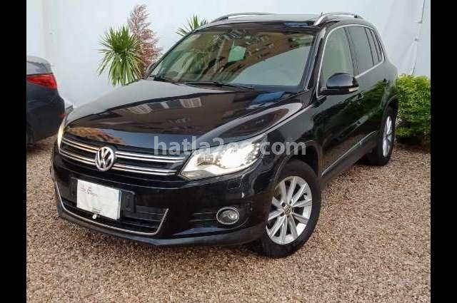 Tiguan Volkswagen أسود