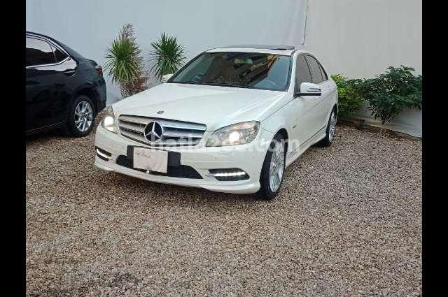 280 Mercedes أبيض